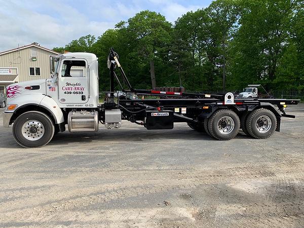 New Roll Off truck_02.jpeg
