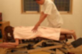 京都市で肩こり腰痛の治療はお任せください