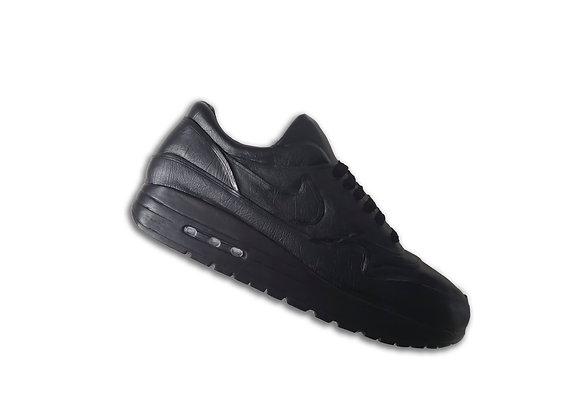 MAX1: BLACK (Leather)