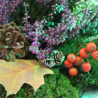 dekoracja eko jesienna z mchem
