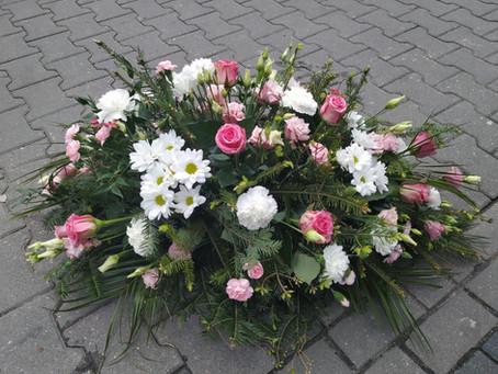 Jakie kwiaty wybrać na Wszystkich Świętych?