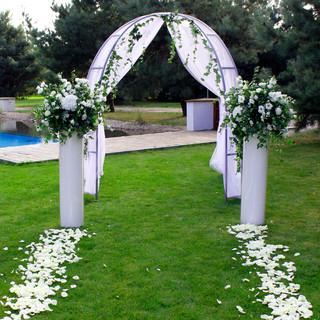 Dekoracja altany ślubnej
