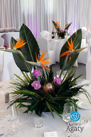 dekoracja sali weselnej w stylu egzotycznym