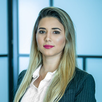 Ana Arantes, Front Manager