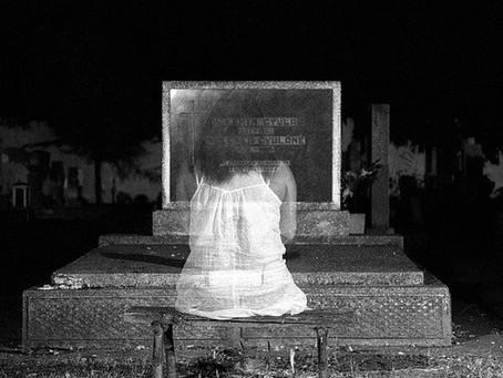 Comment faire son deuil grâce à l'hypnose de communication avec les défunts ?