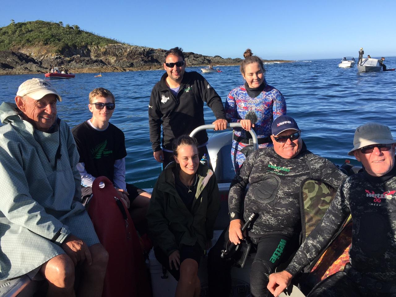 Kiwi support crew