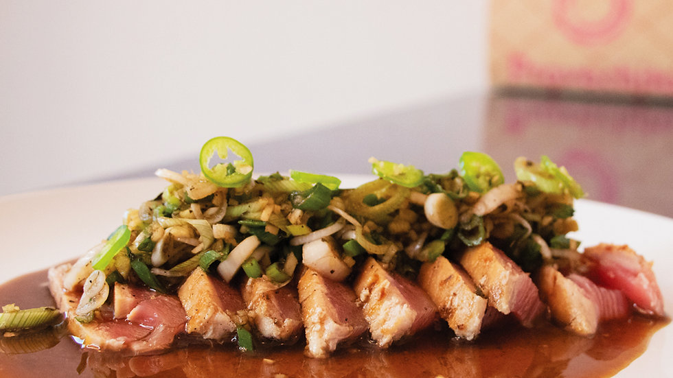Sashimi de Atún (Chef Miguel Rodríguez)
