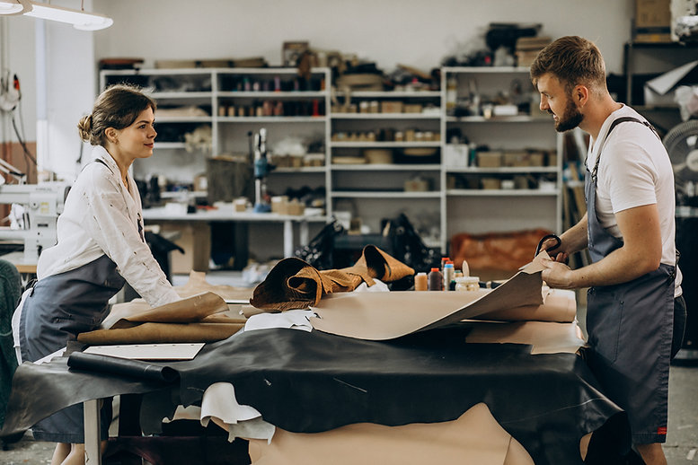 family-tailors-having-leather-industry.jpeg
