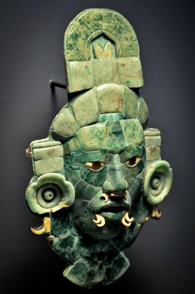 Masque maya en jade