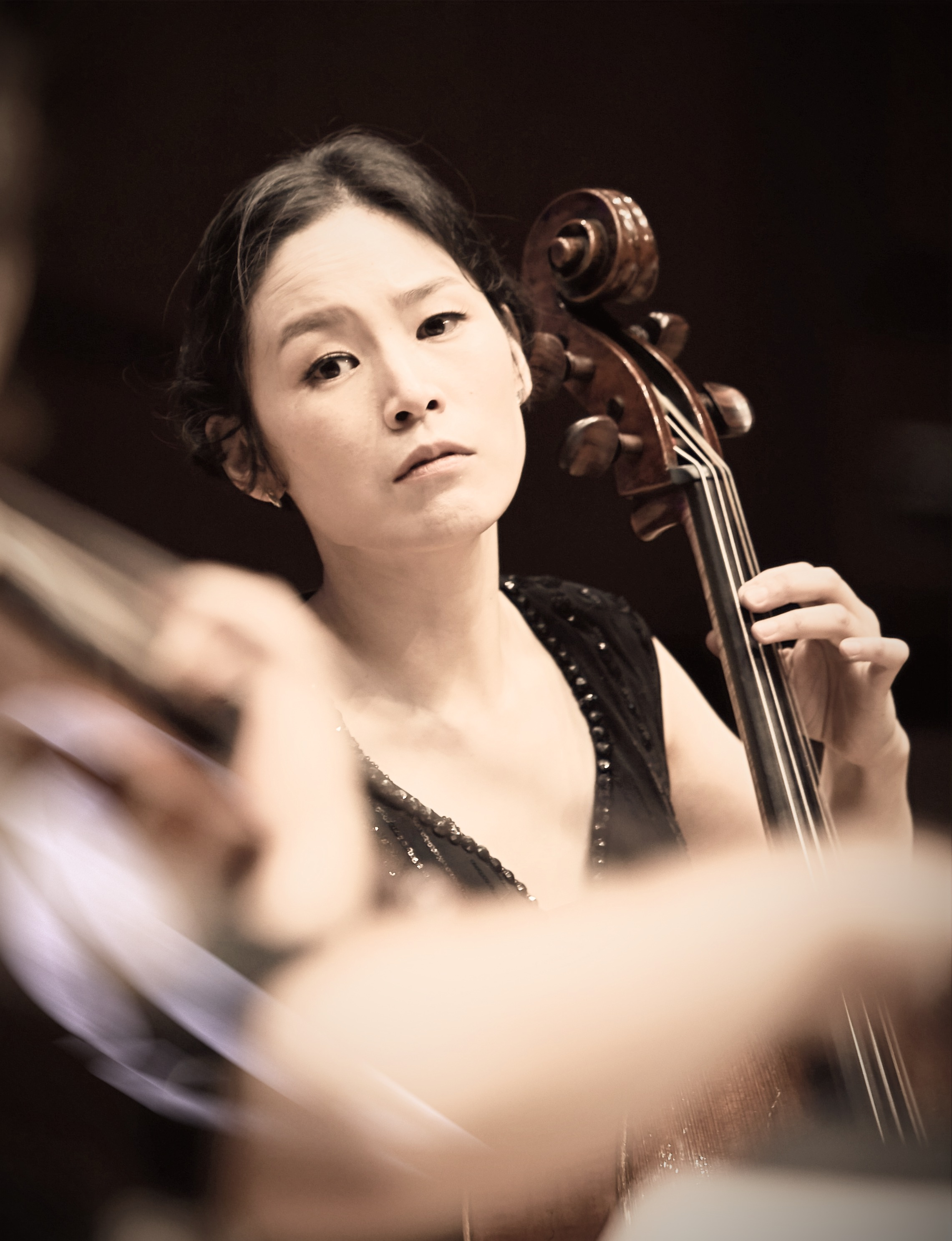Yujin Chang, artisitc director & baroque cello