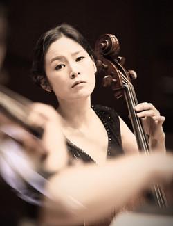 Yujin Chang, artisitc director & baroque cello