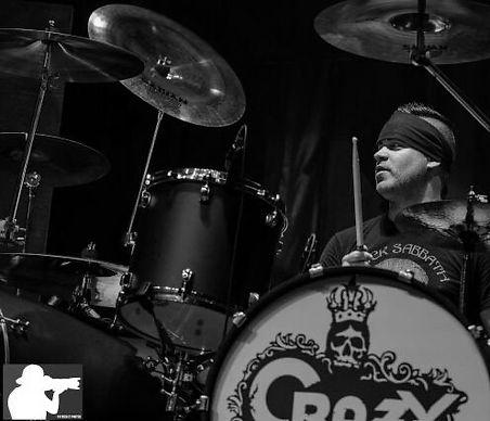 drumming_edited.jpg