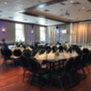 De mogelijkheden in de Hanzezaal zijn eindeloos, van binnen BBQ's tot evenementen, van vergaderingen tot bruiloften.