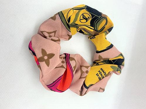 LV Scrunchie | Pink