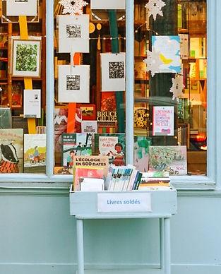 petite-boutique-librairie-jeunesse-vintage-bleu