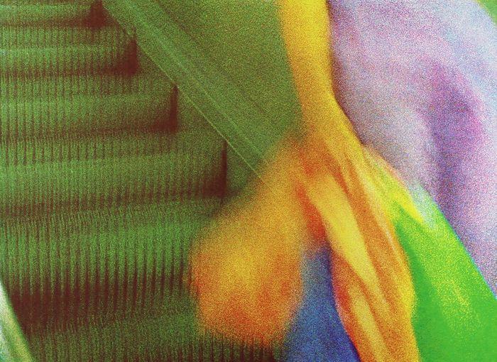Nicole Verheyden - Autoportrait sur un escalator