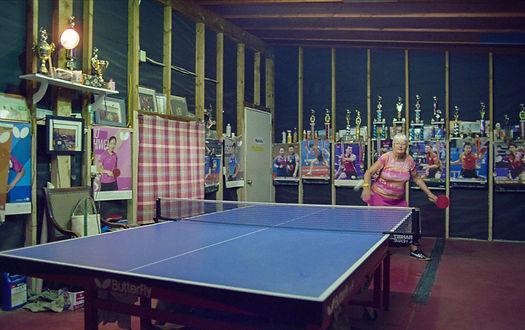 grandma_kitty_ping_pong.jpg