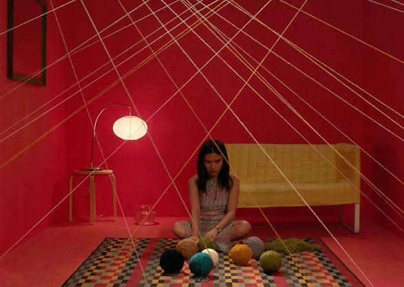 Emily, ilaw ng tahanan (Qatar) by Anna P