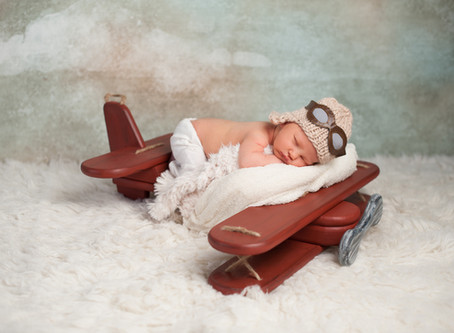 Flying with your Newborn - 5 Tips for a Smooth Trip