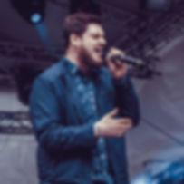 Einfach Sinan: Einzelmusiker für Hochzeiten und andere Events