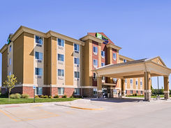 holiday-inn-express-and-suites-york-5271