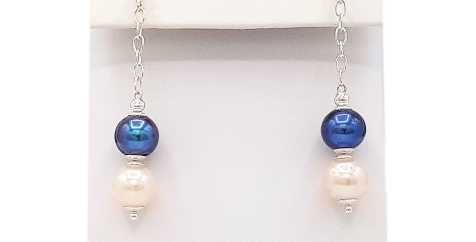 two colour pearl earrings front view