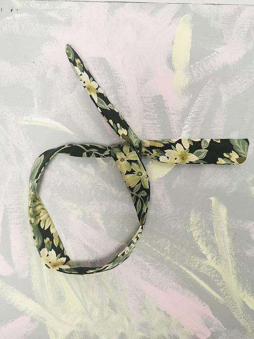 Twisty Wire Headband - Green Irises
