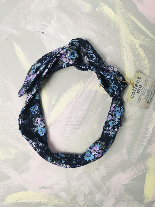 Cosy Knotted Headband - Navy Flowers