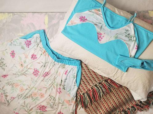 Delicate Flowers Pyjama Set - Size M
