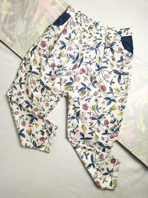 Floral Peg Leg Trousers - Size 14
