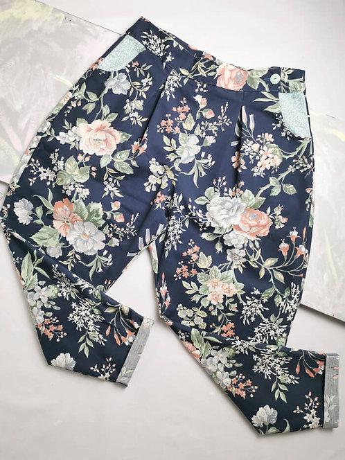 Vintage Flowers Peg Leg Trousers - Size 16