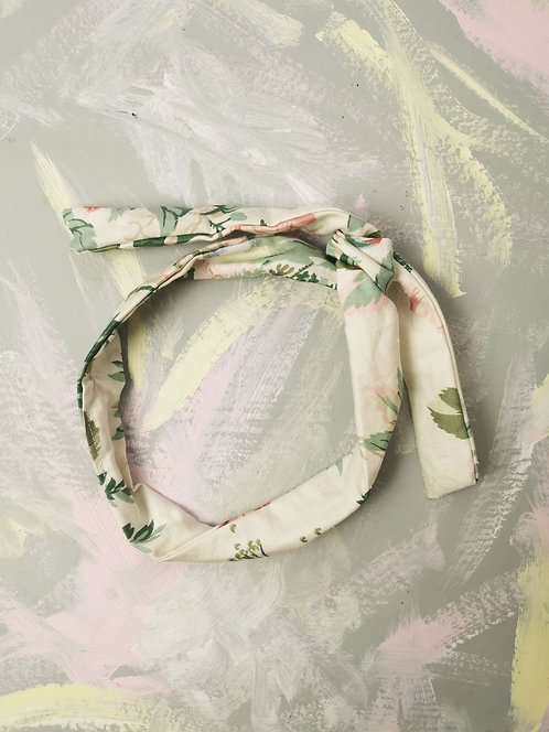 Twisty Wire Headband - Cream Floral