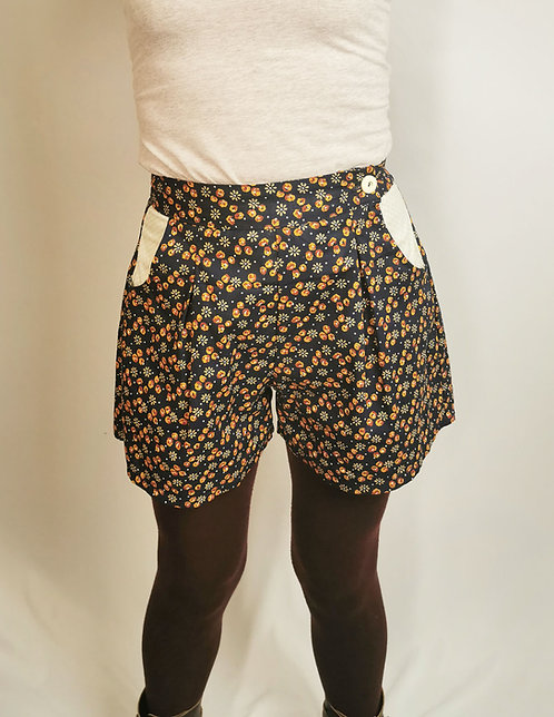 Navy Floral High Waisted Shorts - Size 8