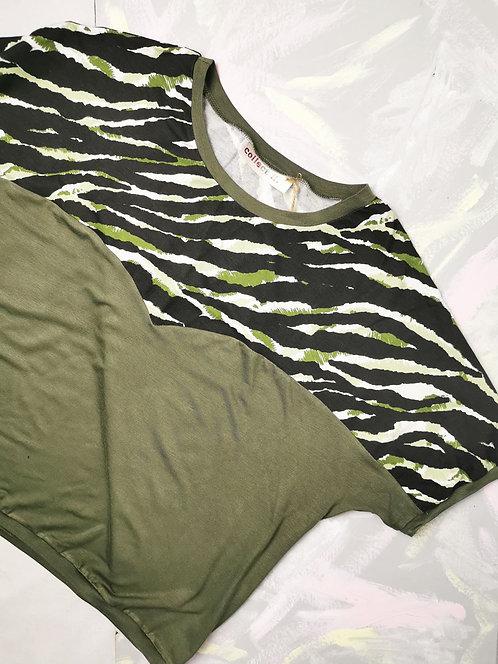 Khaki Camo Heart T-Shirt - Size S