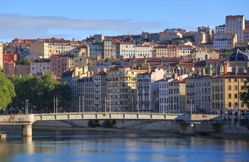 Découverte-des-pentes-de-la-Croix-Rousse-à-Lyon-1024x666.jpg