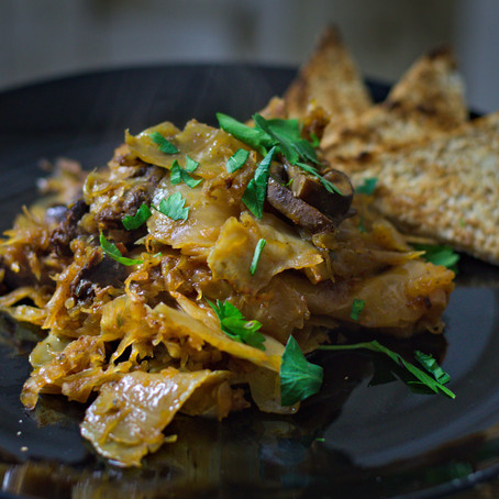 Bigos aus den Dutch Oven