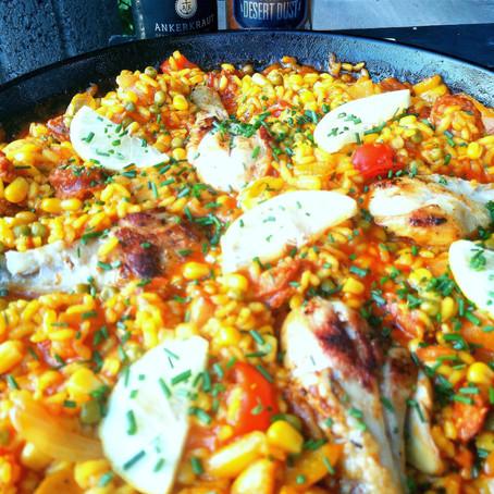 Hühnchen Paella mit Chorizo vom Grill mit Africa Desert Dust und Steakpfeffer Hamburg