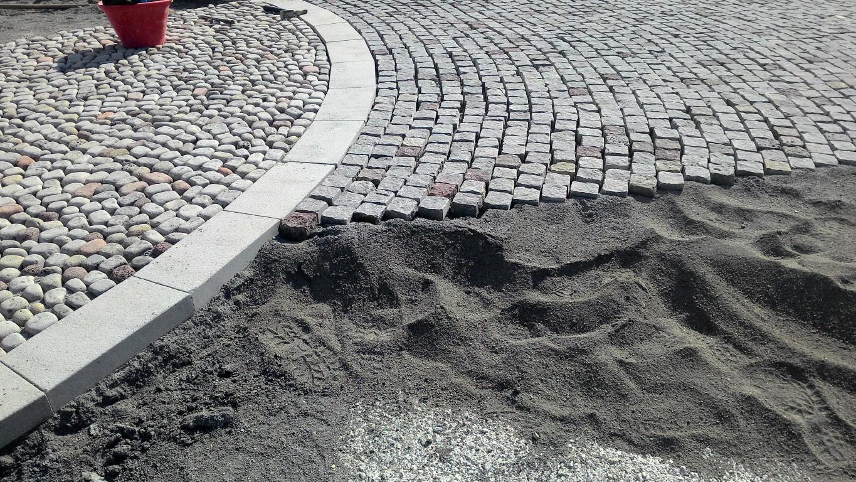 Piazza in selciato basaltico