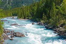 10328711-le-jeûne-rivière-qui-coule-kick
