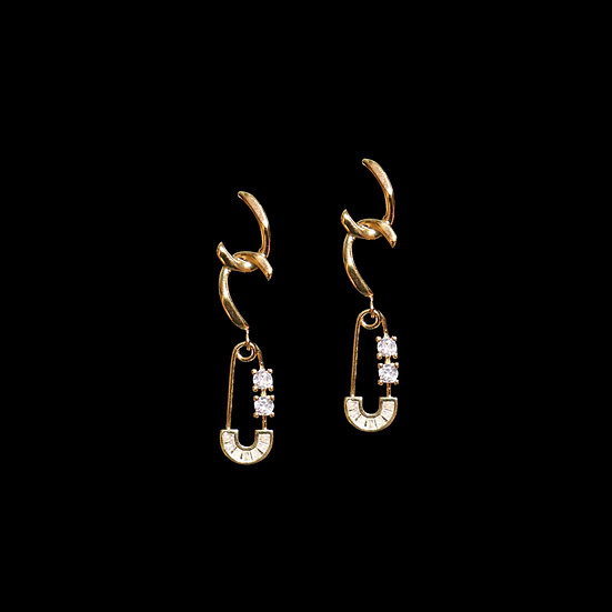 ALICE Zircon Drop Earrings
