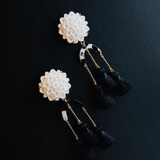 WALLIS Vintage Tassel Earrings