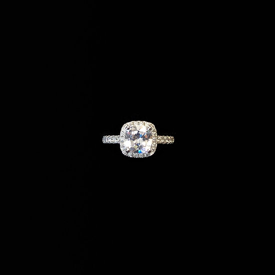 ( PRE-ORDER ) ESSENTIALS Sterling Silver Zircon Ring