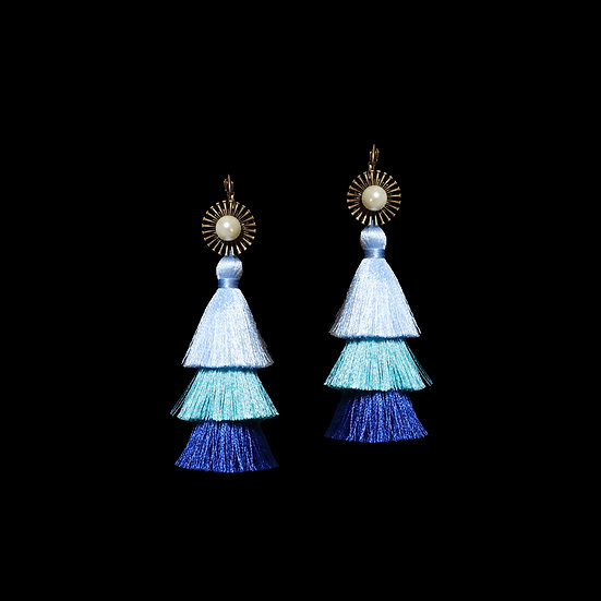 PERLA Pearl Vintage Tassel Hoop Earrings