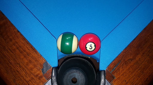 perfect pocket in pool & billiard table