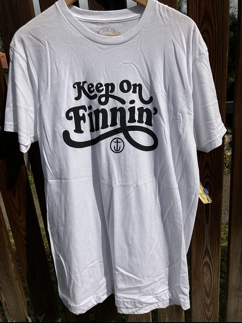 Keep On Finnin Tee Captain fin