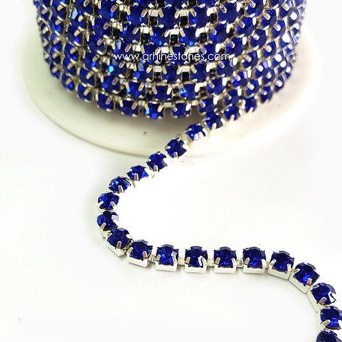 Rhinestones Trim Sapphire Close Chain Banding