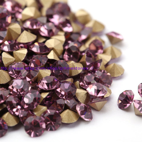 Pointed Back Rhinestones - Light Amethyst