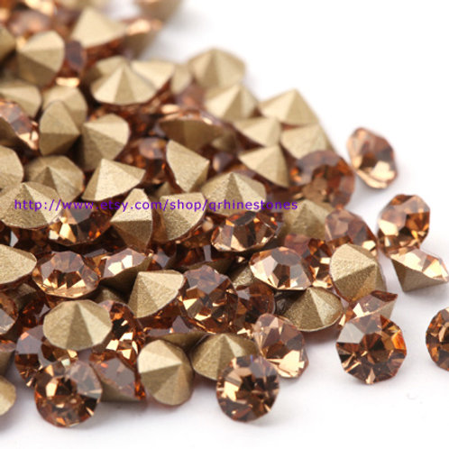 Pointed Back Rhinestones - Light Colorado Topaz