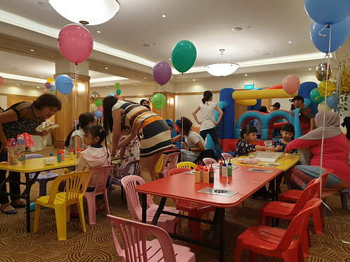 Rental Kids Solid Color Table & Chairs