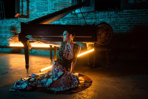 Monaliza-Lighting.jpg
